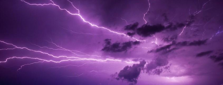 lightning-storm-clouds-wallpaper-3