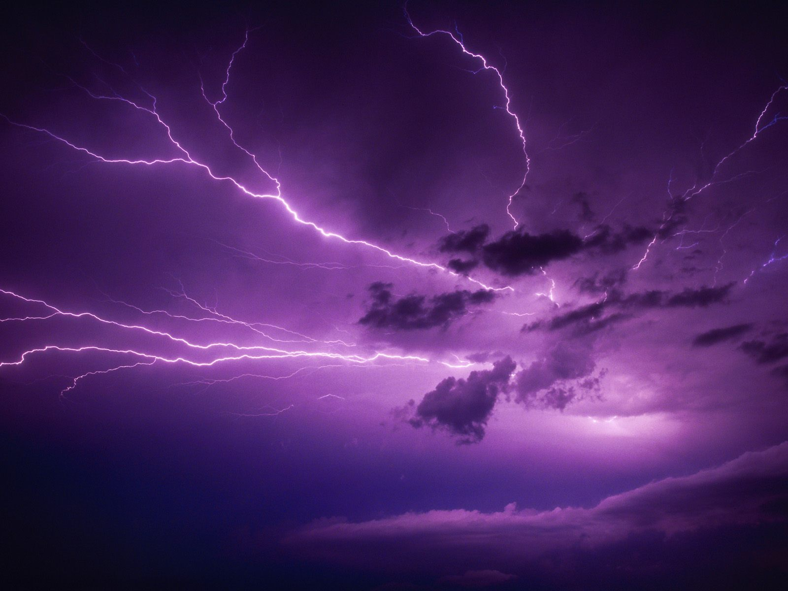 Lightning Storm Clouds Wallpaper 3